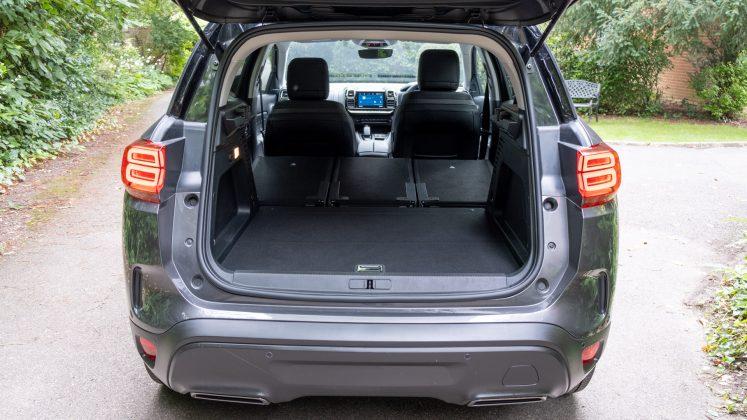 Citroen C5 Aircross Hybrid rear seats down