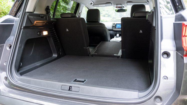 Citroen C5 Aircross Hybrid seat down
