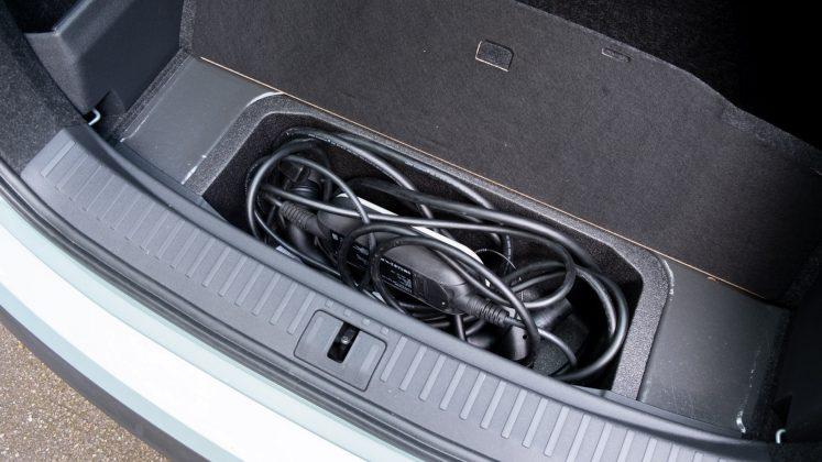 Skoda Enyaq iV underfloor storage