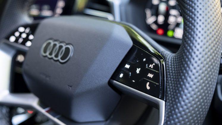 Audi Q4 e-tron touch buttons