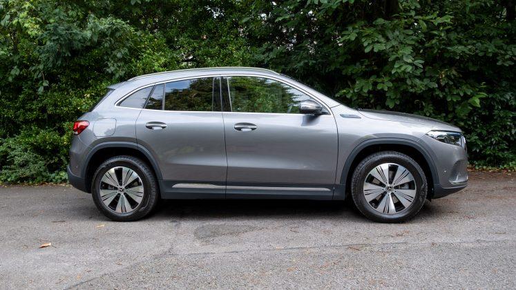 Mercedes EQA side